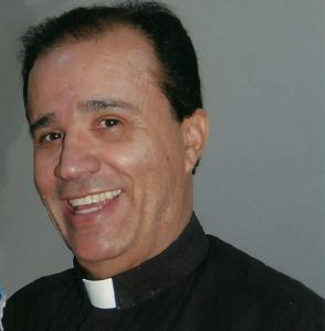 Pe. Antônio Valdecir Dezidério