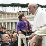 Papa: é revolucionário amar o cônjuge
