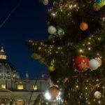 Presépio e árvore de Natal no Vaticano
