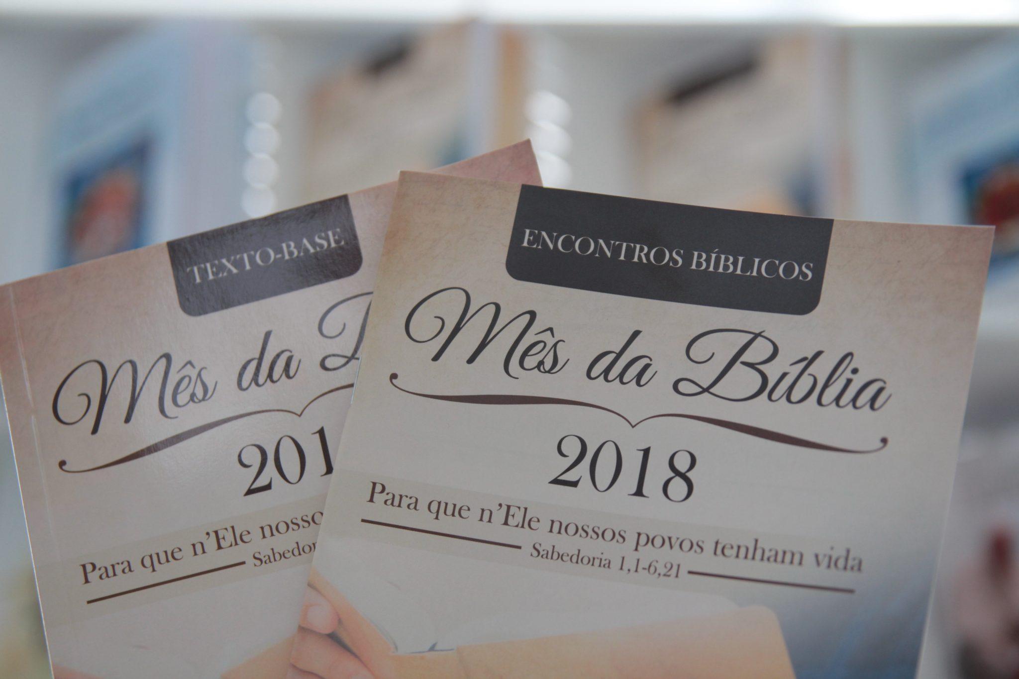 Subsídios para o Mês da Bíblia