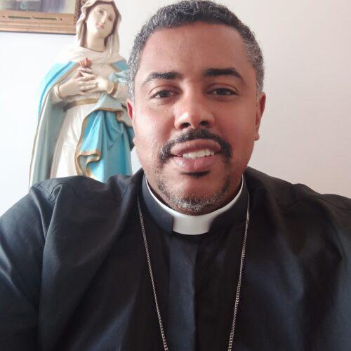 Padre Carlos Eduardo Nascimento