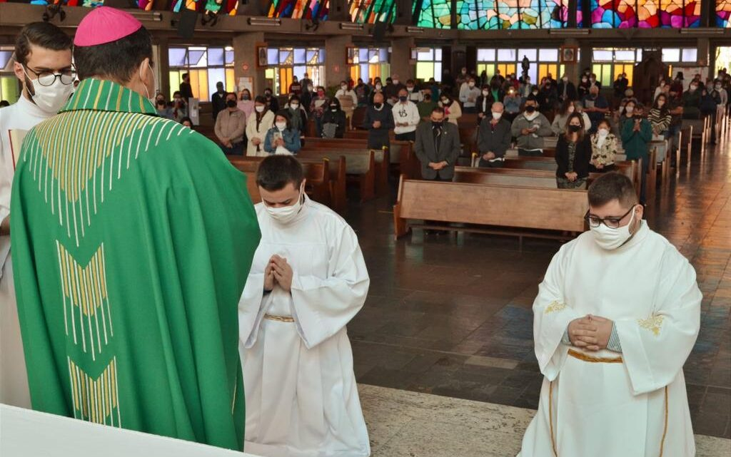 Novos acólitos na Diocese de São José do Rio Preto/SP